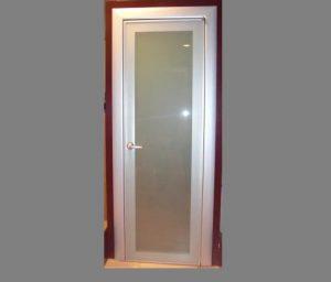 Puerta aluminio con cristal